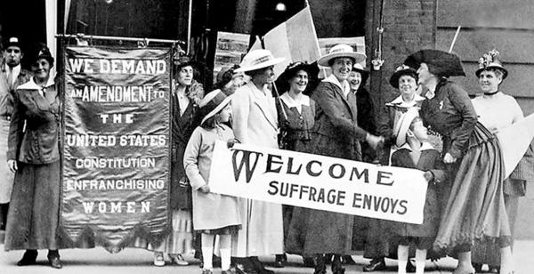 Archival pic of suffragettes